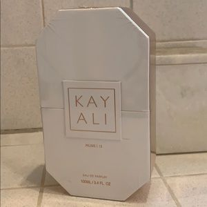 HUDA beauty KAYALI fragrance - new